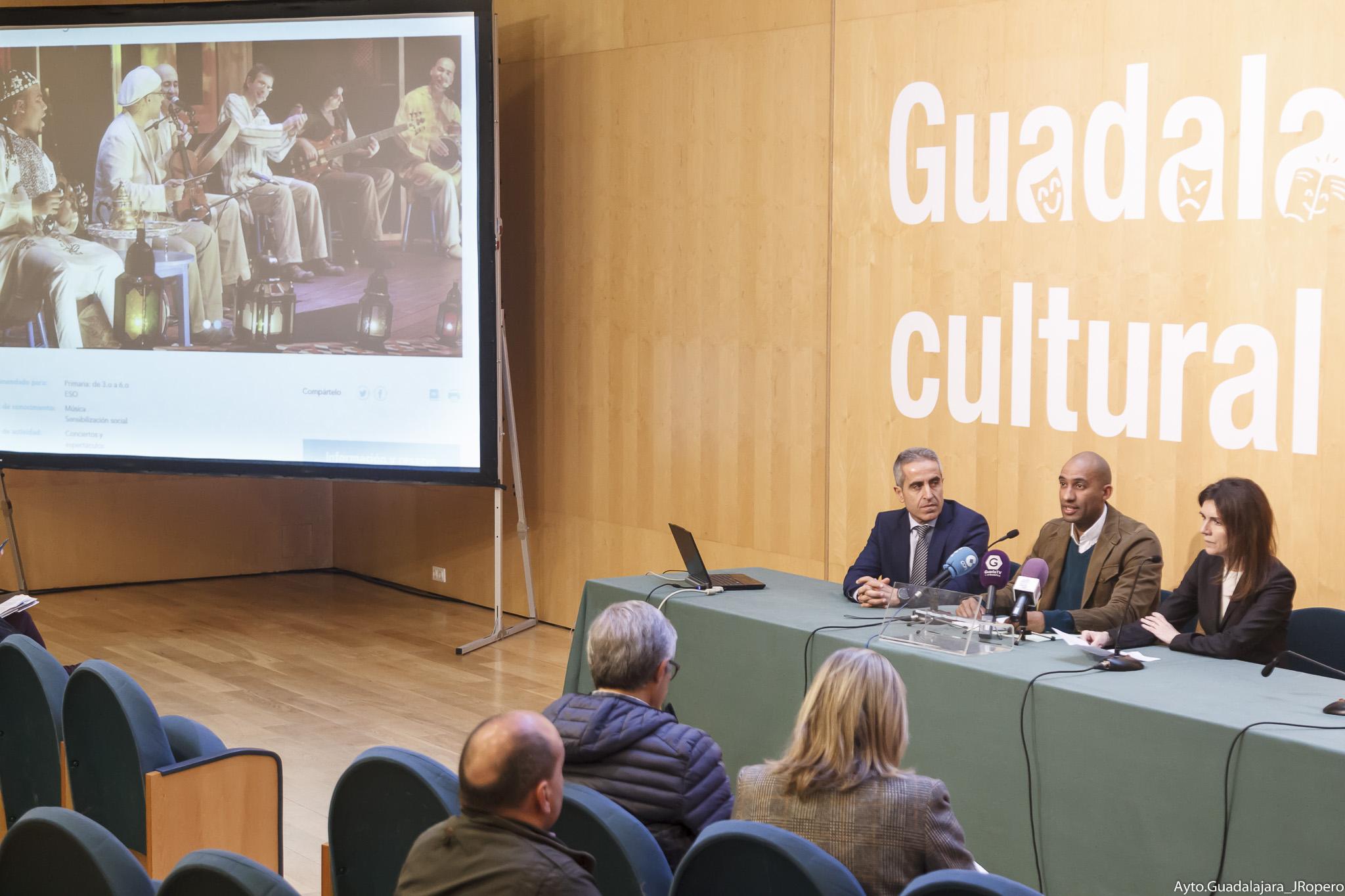 """La Obra Social  """"la Caixa"""" y el  Ayuntamiento de Guadalajara   organizan el espectáculo Un té a la menta. Músicas del  Magreb"""
