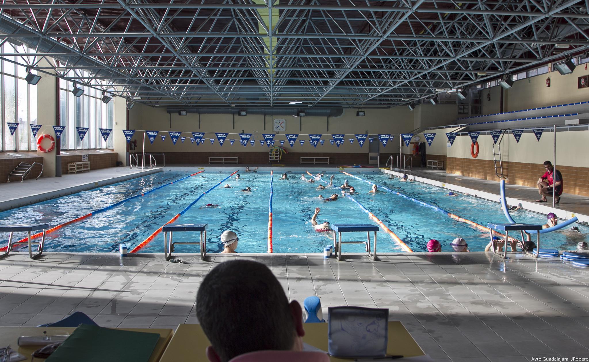 A partir del lunes, 17 de septiembre,  abre la piscina cubierta  Huerta de  Lara