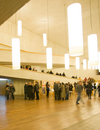 Hall del Teatro-Auditorio Buero Vallejo