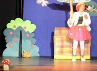 Teatro infantil. Las aventuras de Mandarina y Serafín