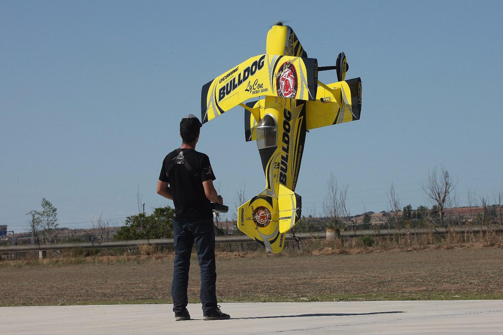 Los mejores pilotos y aviones de aeromodelismo de España se darán ...