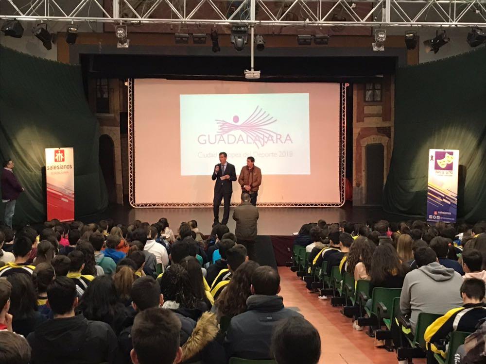 El Ayuntamiento de Guadalajara respalda los programas de fomento del deporte impulsados por los centros escolares
