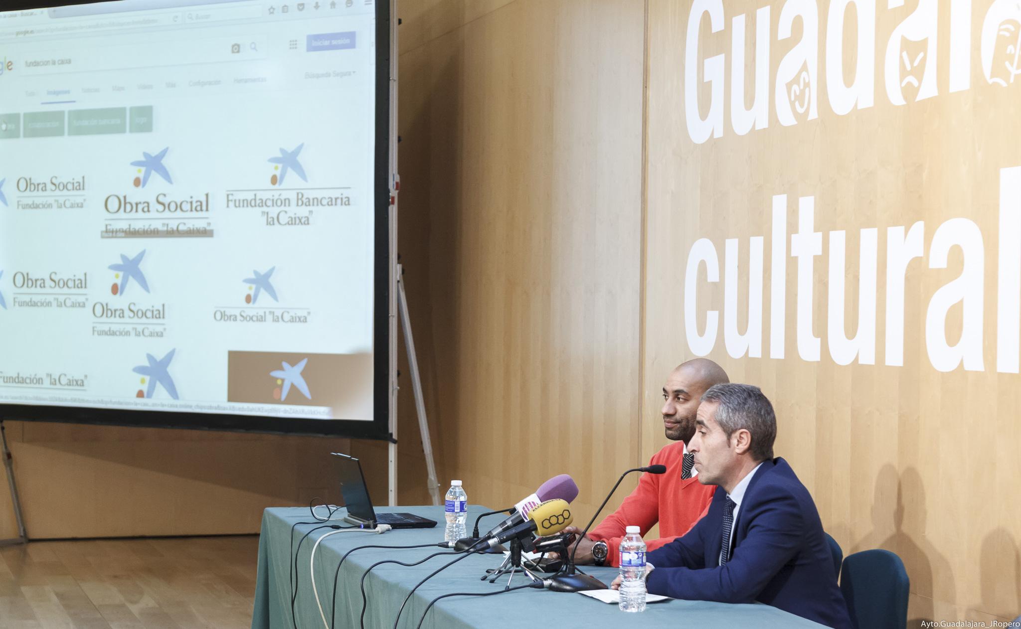 """Más de 1.800 escolares asistirán en Guadalajara al espectáculo Los Moussakis. Música de los Balcanes, organizado por la Obra Social """"la Caixa"""""""