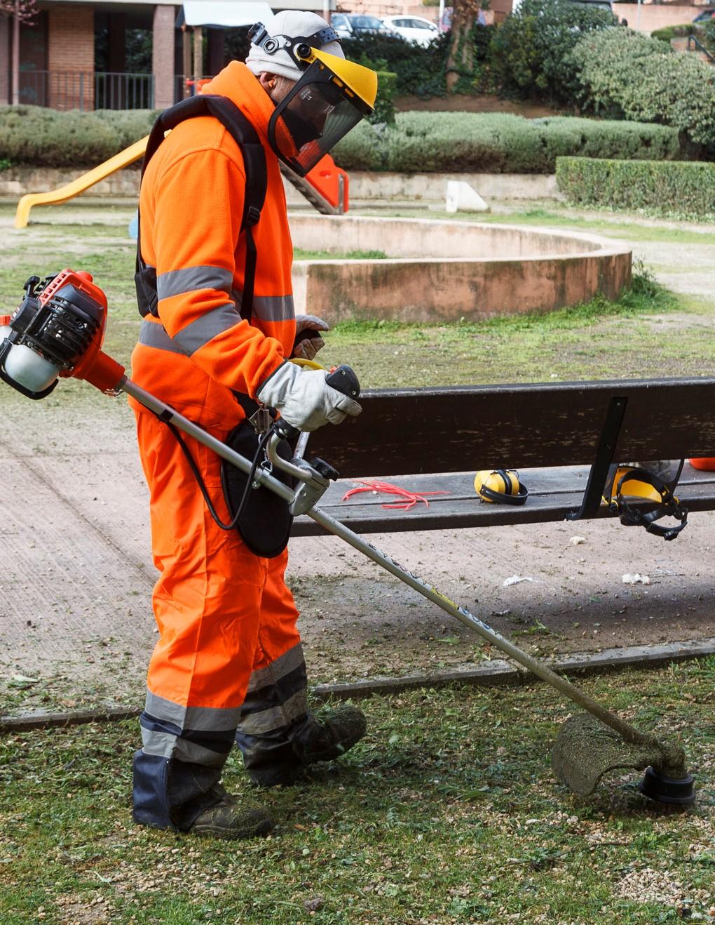Desde el lunes, actuación integral de limpieza y mantenimiento en  la zona comprendida entre  las calles Chorrón y San Isidro y calle Zaragoza y  avenida de Aragón