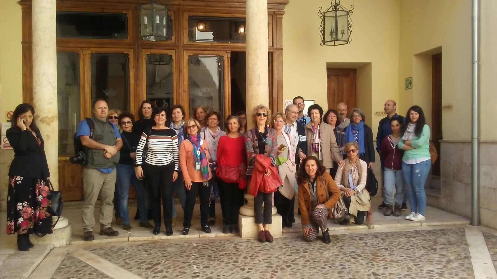 Representantes de entidades,  asociaciones culturales, guías turísticos y blogueros de Madrid   han visitado hoy nuestra ciudad