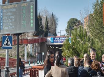 Nueve pantallas informan a vecinos y visitantes sobre la ocupación de los principales aparcamientos de Guadalajara