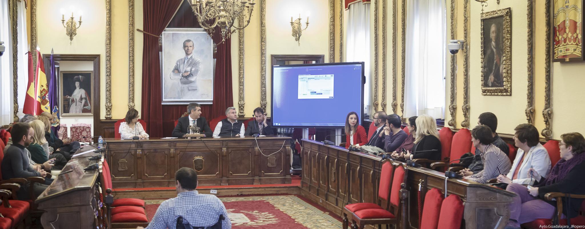 Celebrado en el Ayuntamiento el sorteo para la designación de los miembros de las mesas electorales para  las Elecciones Generales del próximo 28 de abril