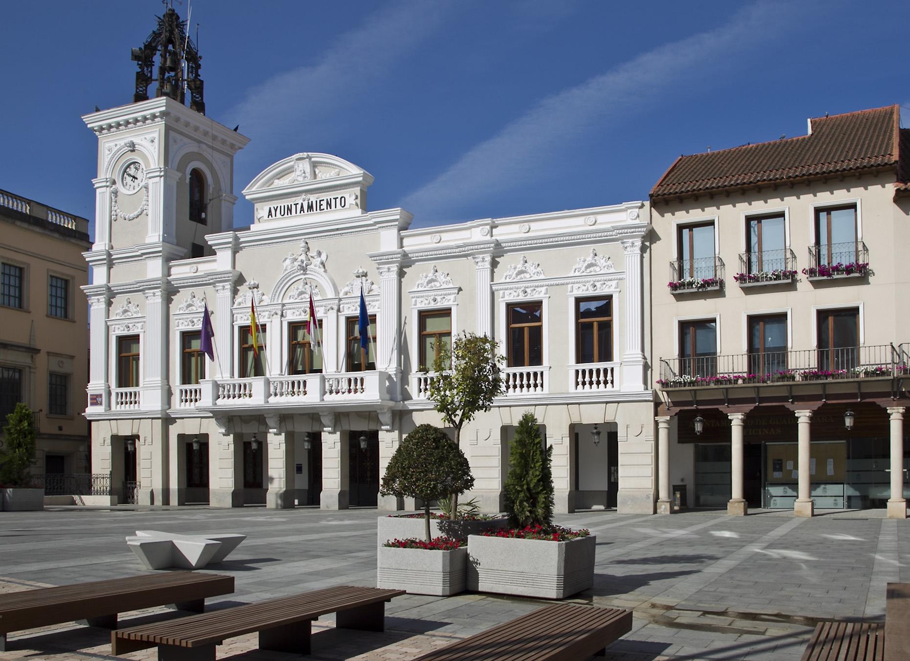 El Ayuntamiento de Guadalajara anuncia la próxima convocatoria de ayudas de apoyo a la educación para los ciclos de infantil, primaria, secundaria, bachillerato y ciclos de grado formativo y enseñanzas universitarias