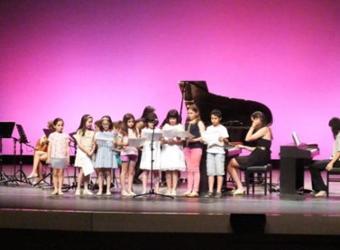 Audición de los alumnos de piano y guitarra de las Escuelas Municipales del Palacio de la Cotilla