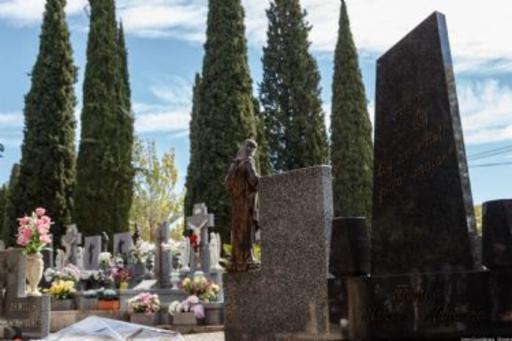 El Ayuntamiento pone en marcha en el cementerio un dispositivo especial de seguridad y limpieza por la fiesta del 1 de noviembre