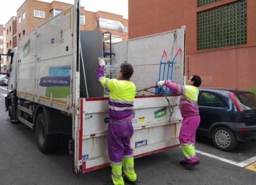 El próximo lunes se retoma el servicio de recogida de residuos voluminosos y el punto limpio móvil